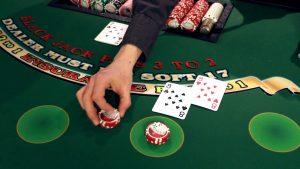 5 Jenis Permainan Casino Online yang Menjanjikan Keuntungan Besar - Saat ini ada banyak orang yang ingin mendapatkan keuntungan yang besar dalam